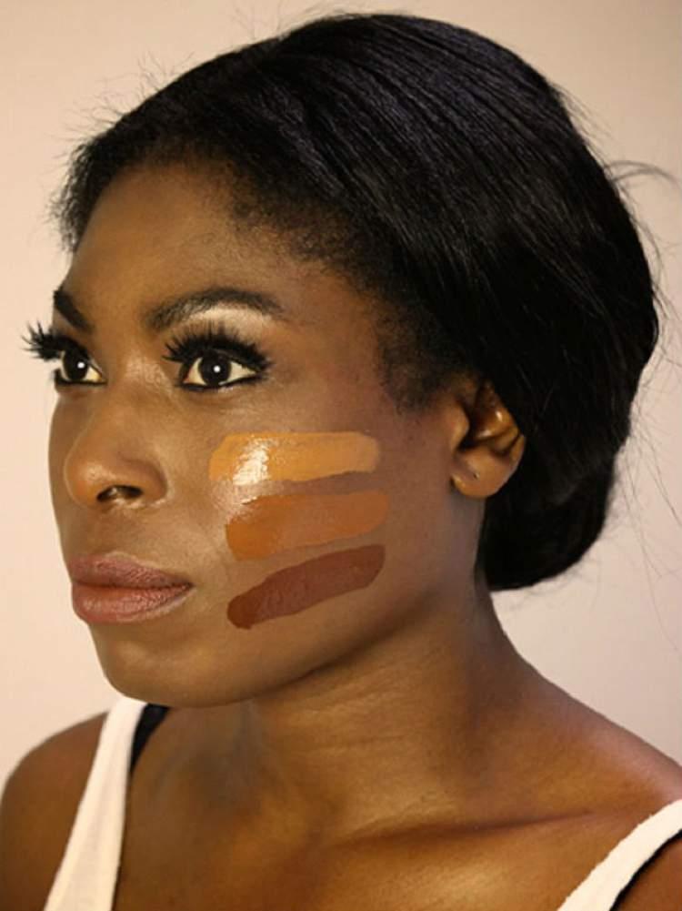 Base e pó na maquiagem para quem tem a pele negra