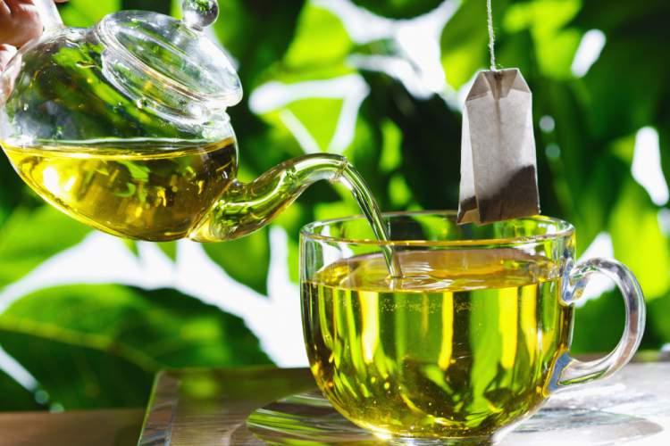 Chá verde ajuda a eliminar gordura em pouco tempo