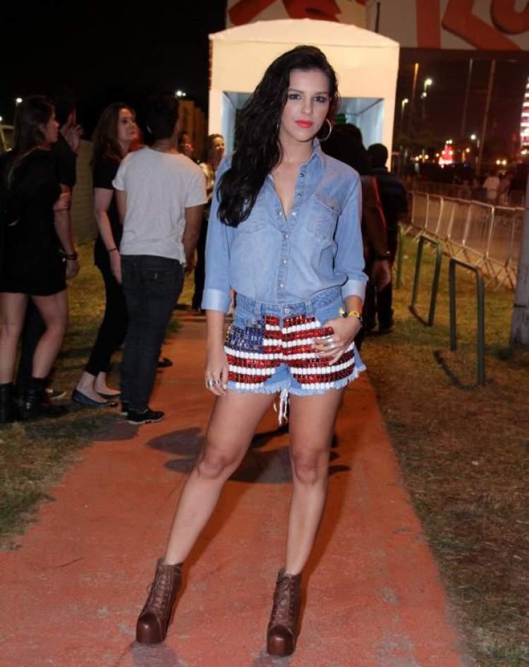 look estilo country americano utilizado por Mariana Rios
