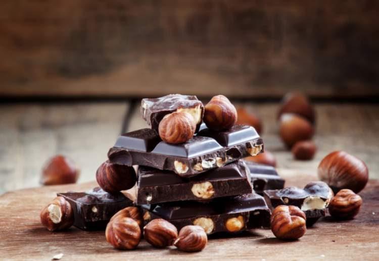 Coma chocolate para evitar um resfriado