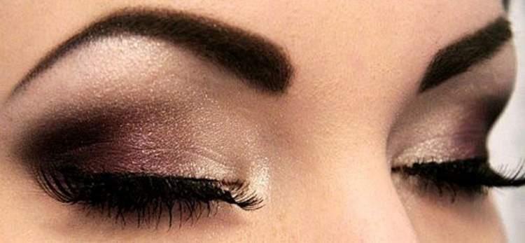 Melhor maquiagem para quem tem olhos pequenos