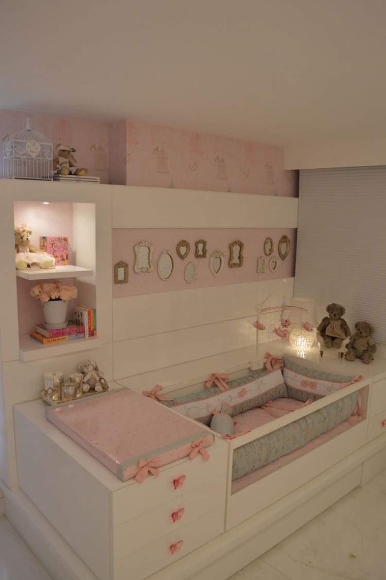 Decoração do quarto do bebê estilo princesa