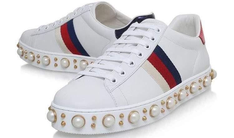 O branco entre as tendências em calçados para o verão 2018