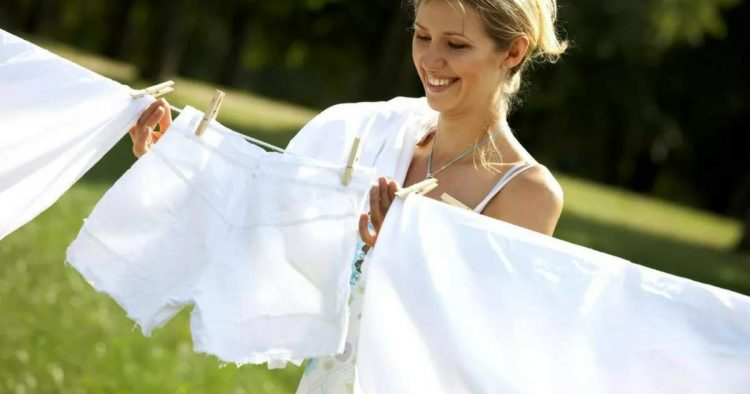 Saiba como deixar a roupa branca ainda mais branca