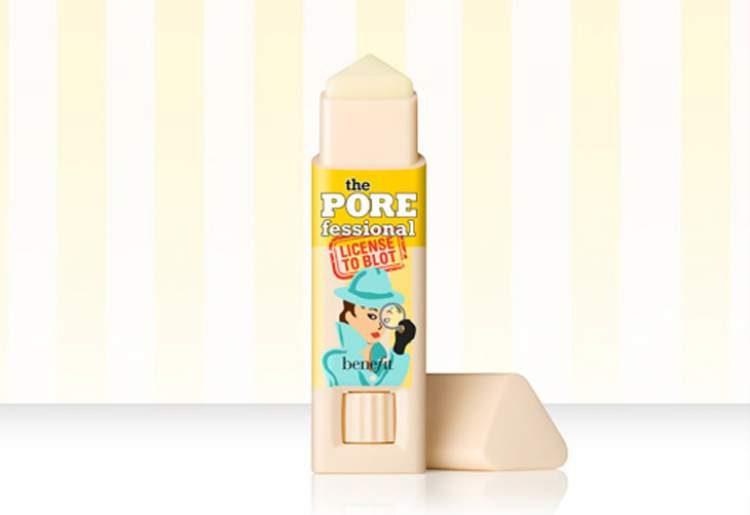 Bastão matificante License to blot, Benefit para salvar a pele oleosa no verão
