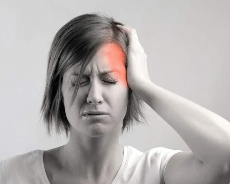 Como tratar a dor de cabeça do lado direito