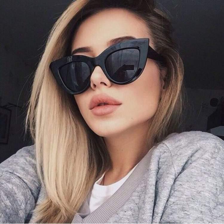 Máxi Óculos Gatinho