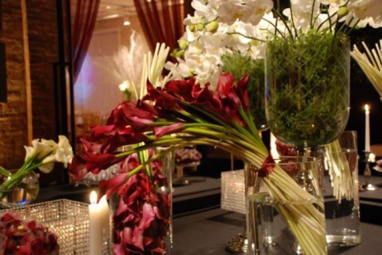 Melhores flores para decorar um casamento no verão
