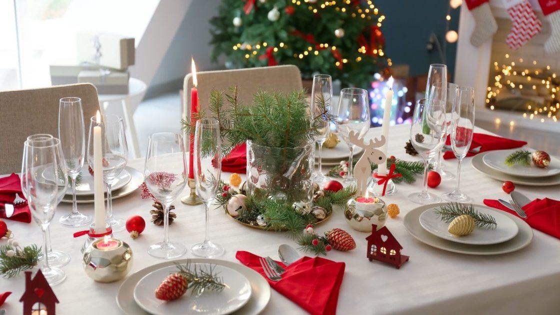 Decoração da mesa para ceia de Natal