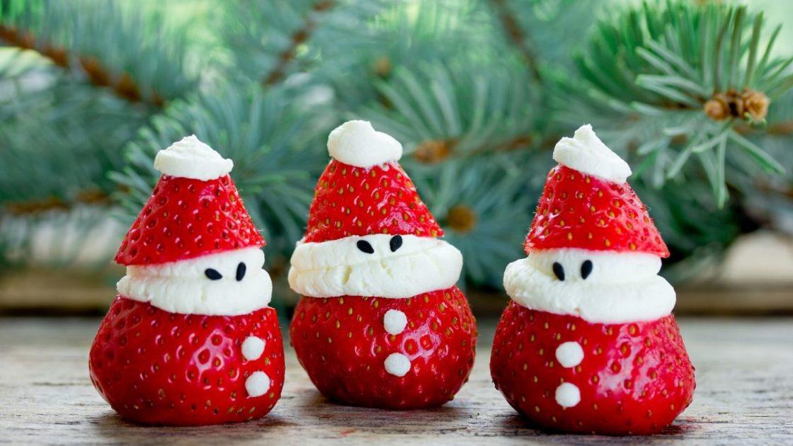 Morangos decorando a mesa de Natal