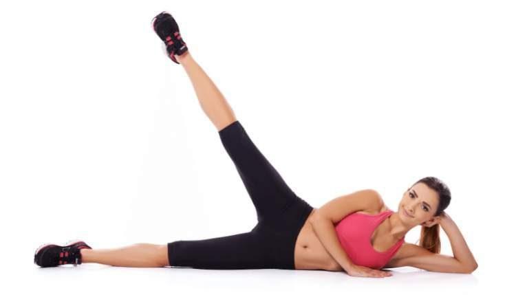 Abdução de pernas é um dos melhores exercícios para aumentar os glúteos