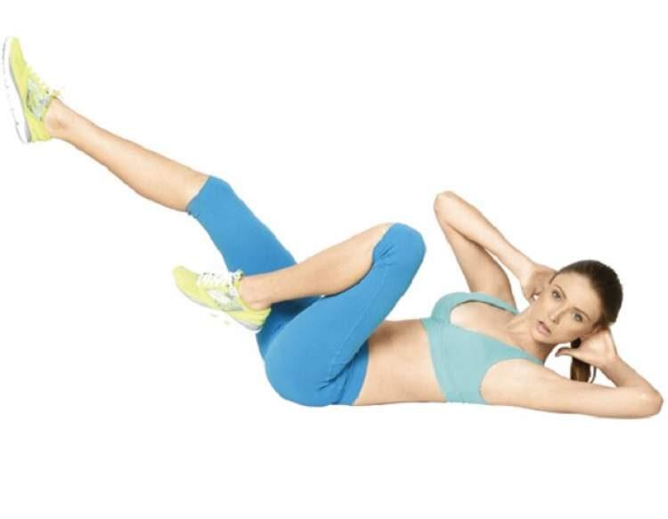 """Exercício """"No pain, no gain"""" para secar a barriga"""