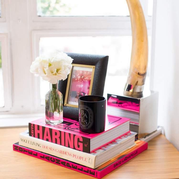 Use seus livros para decorar sua casa gastando pouco