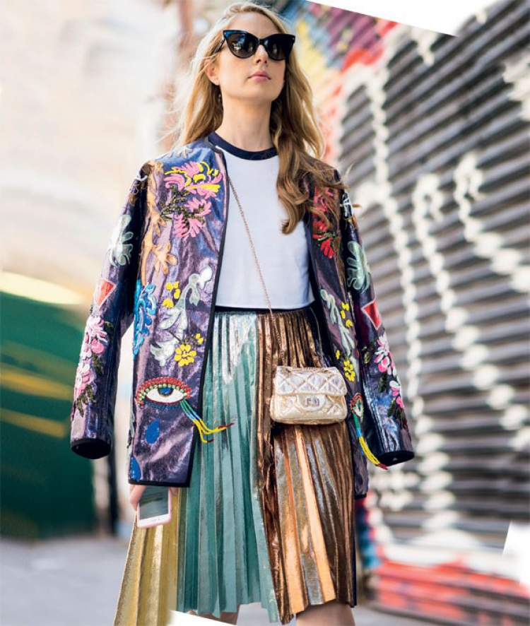Saia metálica é uma das apostas da moda outono-inverno 2018