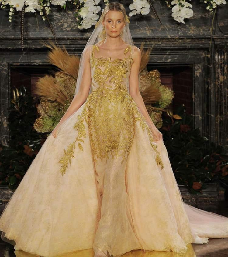 Vestido de Noiva de Ouro