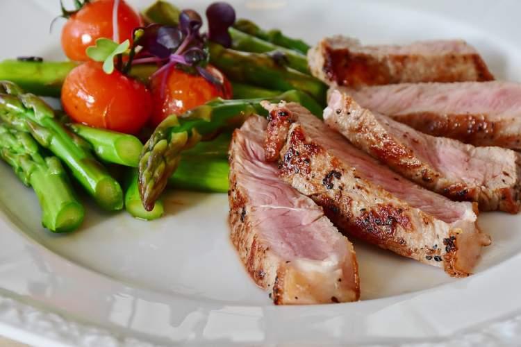 Benefícios da alimentação low carb