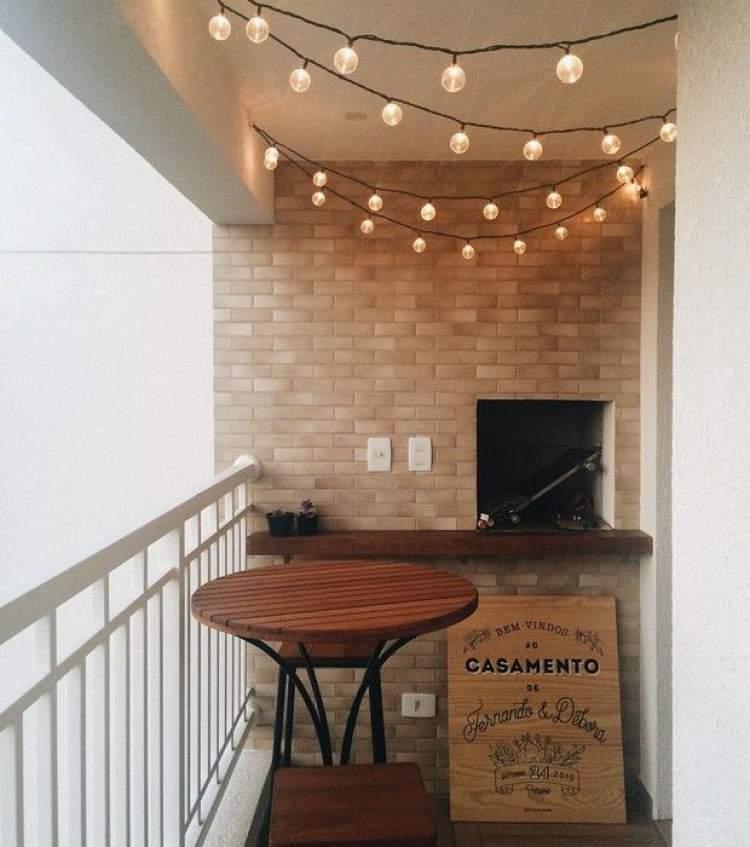 Truque de iluminação para decorar a varanda ou sacada