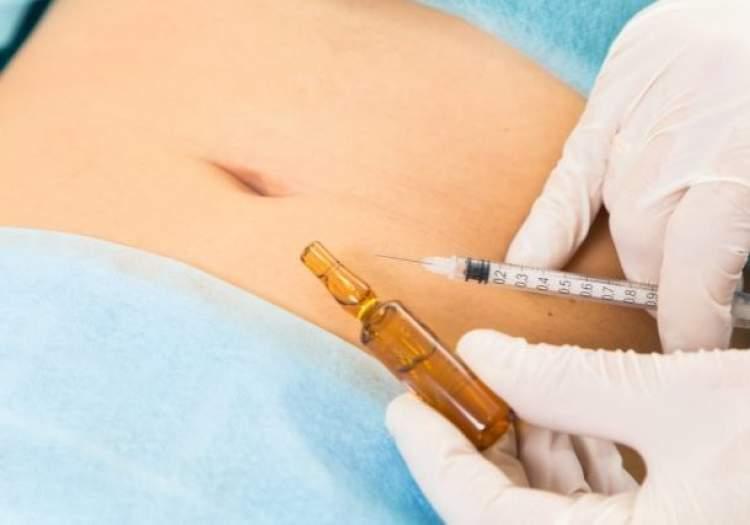 Lipo Enzimática: como funciona a aplicação de enzimas que acaba com a gordura localizada