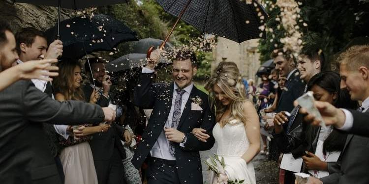 festa de casamento totalmente animada