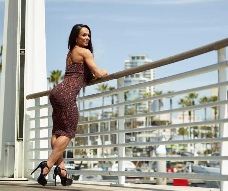 Renata Spallici explica como estar na moda sendo fitness e empresária