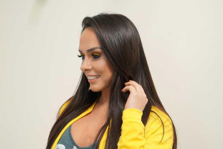 Confira tendências de maquiagem e cabelo para curtir a Copa do Mundo