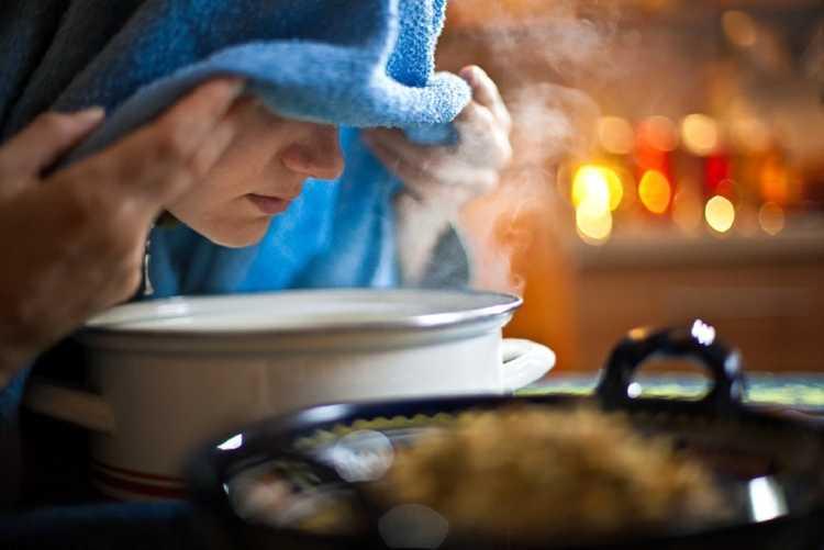 Tratamento para tosse seca com vapor de eucalipto