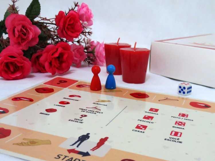 Noite de jogos é um dos programas baratos para fazer com o seu amor no Dia dos Namorados
