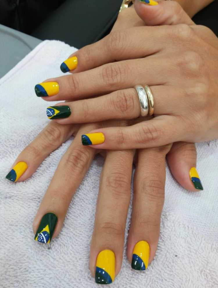 Unhas decoradas para copa do mundo