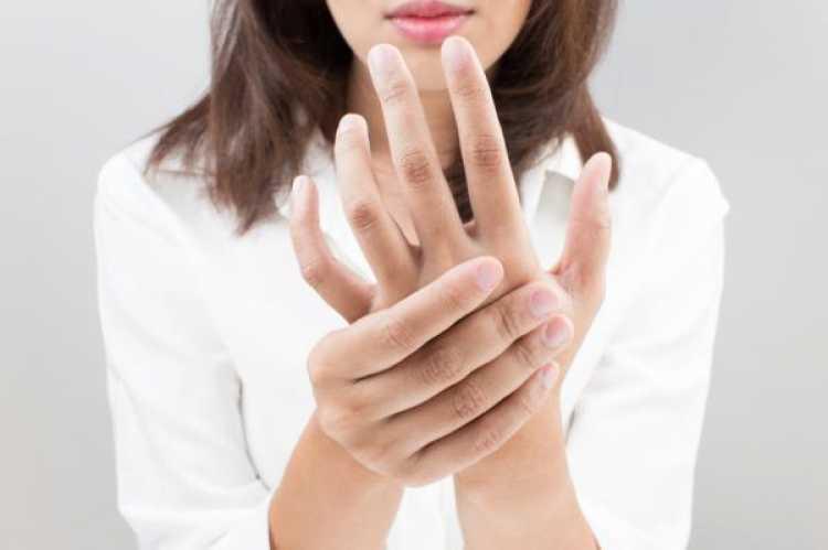 Causas do formigamento nas pontas dos dedos