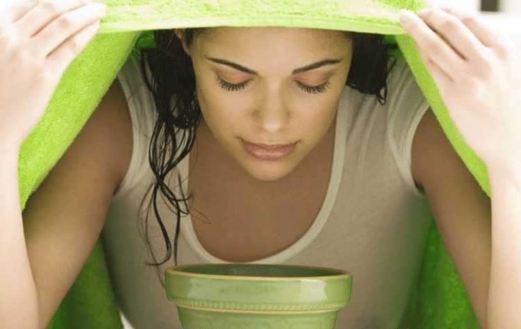 Inalação de eucalipto para tratar inflamação na garganta