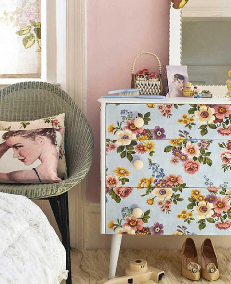 Reforme móveis antigos para decorar o quarto de casal