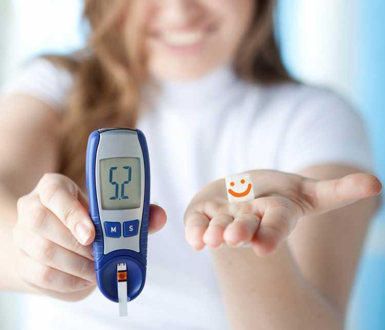 Redução dos níveis de açúcar é uma das coisas que acontecem no seu corpo quando você faz jejum