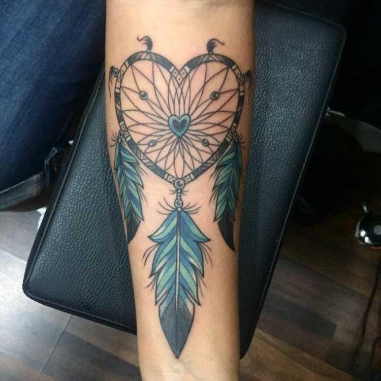 Sugestão de tatuagem para mulheres poderosas