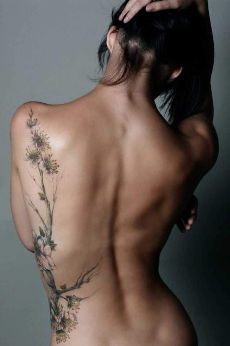 tatoo feminina