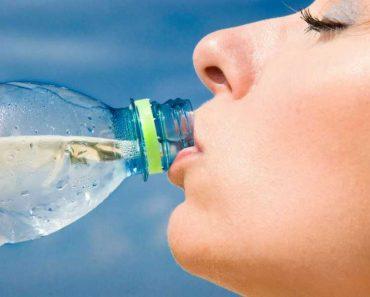 Beber só água por um mês pode fazer milagres pela saúde