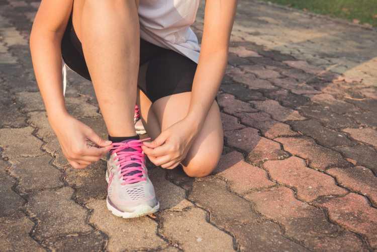 Se exercite regularmente para dormir rápido