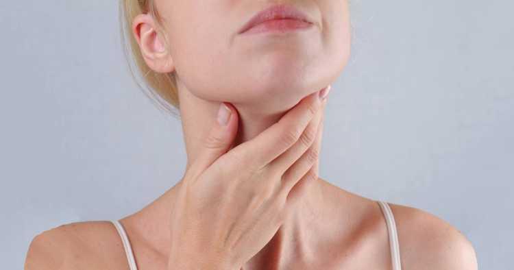 A infecção de garganta pode atingir qualquer pessoa, trazendo diversos desconfortos na hora de se alimentar, dormir ou até falar.