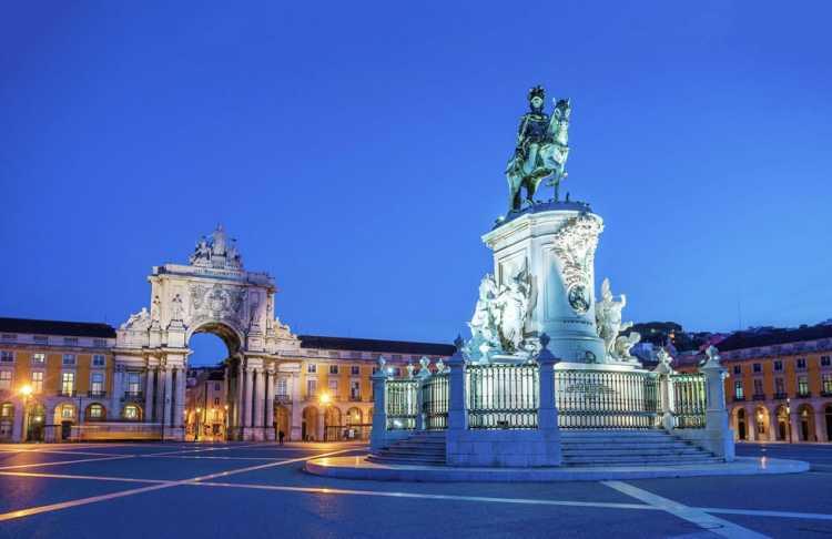 Lisboa em Portugal é um dos destinos baratos para réveillon 2019