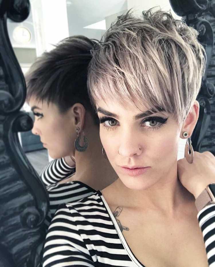 Pixie Cut com franja alongada é um dos cortes para mudar o visual em 2019