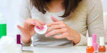 como tirar esmalte sem acetona