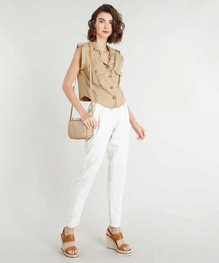 roupas de linho como calça clochard combinam com dias quentes