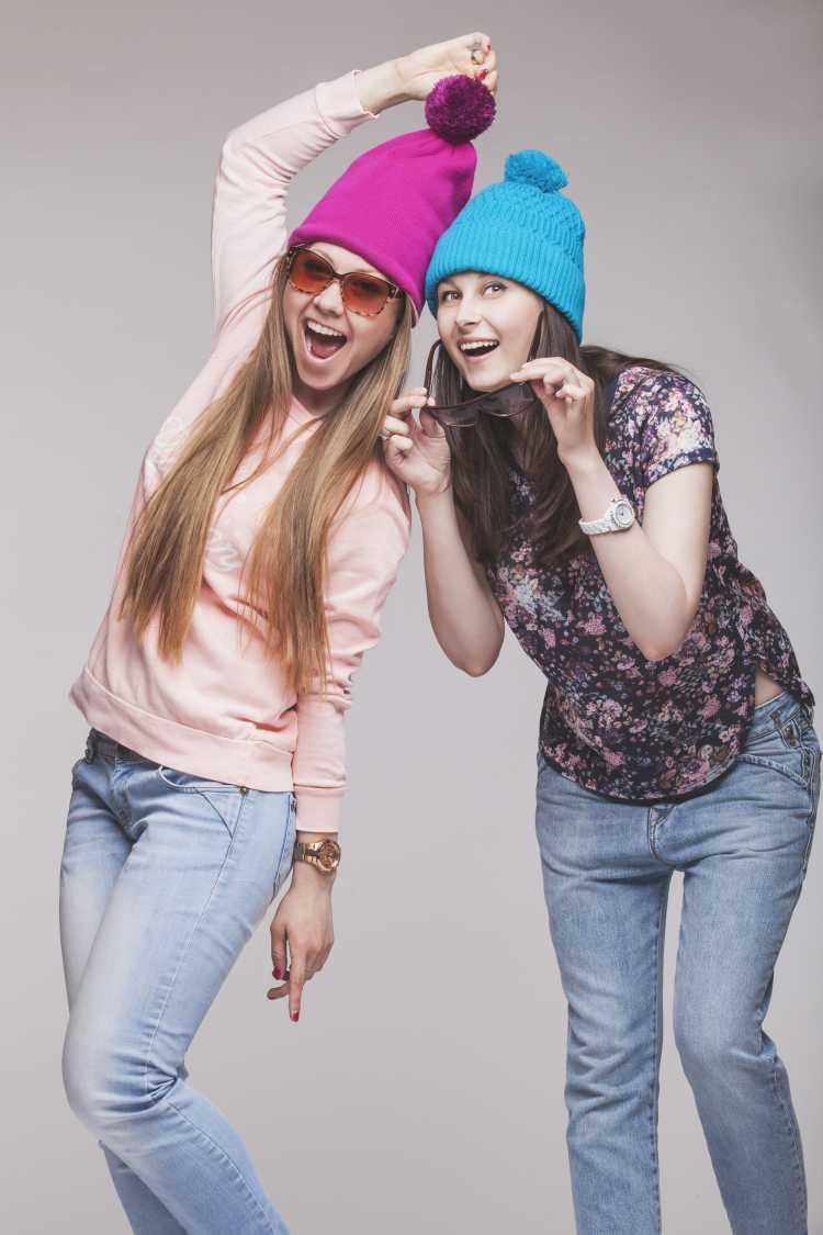 Touca ou Gorro Feminino roxa e azul