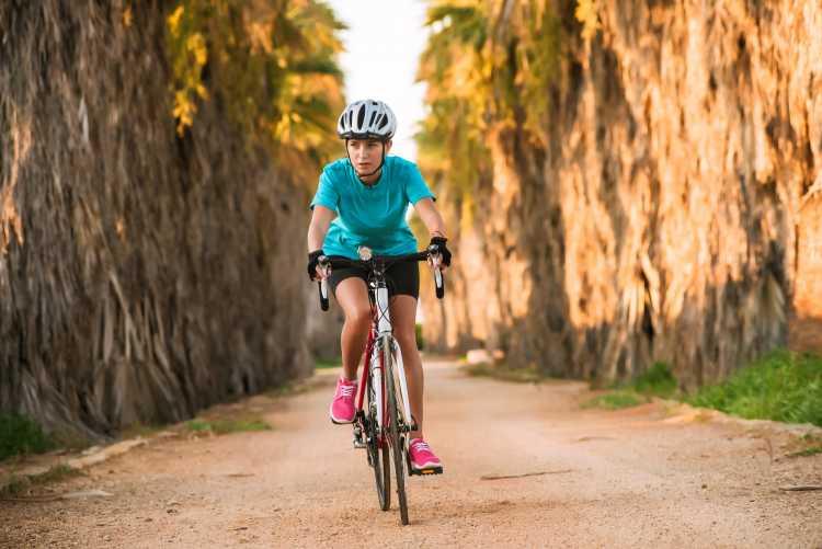 andar de bicicleta é um dos exercícios para queimar gordura visceral