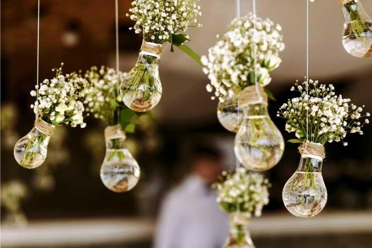 Lâmpadas com flores