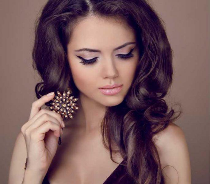 Maquiagem discreta para convidada de casamento