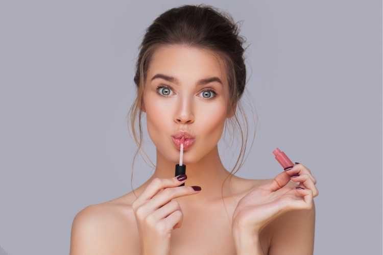 Maquiagem para casamento de dia lábios