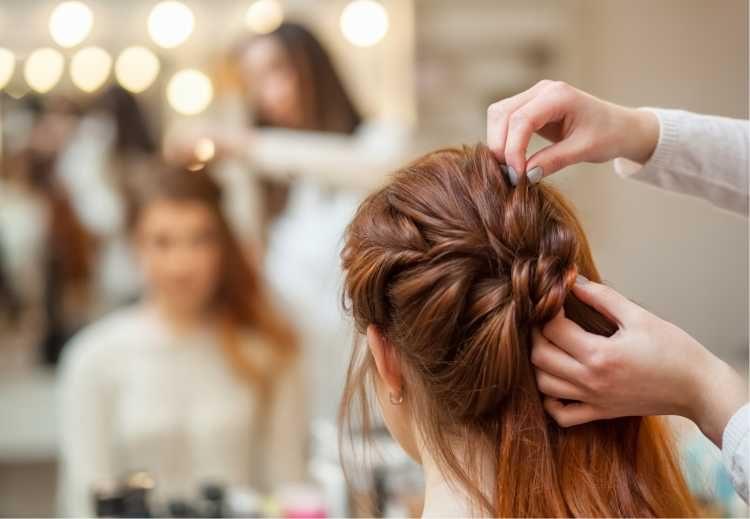 Penteados para mãe da noiva semi preso com trança embutida