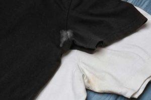 Truques Caseiros Para Tirar Manchas de Suor e Desodorante em Roupas Claras e Escuras