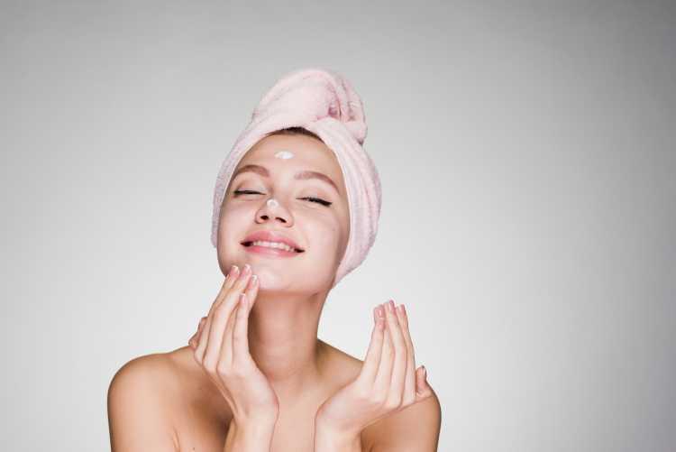 Usar Hidratante antes da maquiagem
