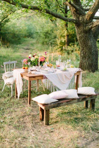 decoração de casamento em casa com almofadas